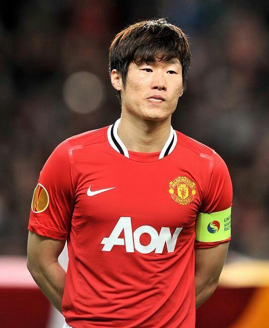 ¿Cuánto mide Park Ji Sung? 650f2a48fe55211af1cf212ed70564ebe9db1ea4_hq