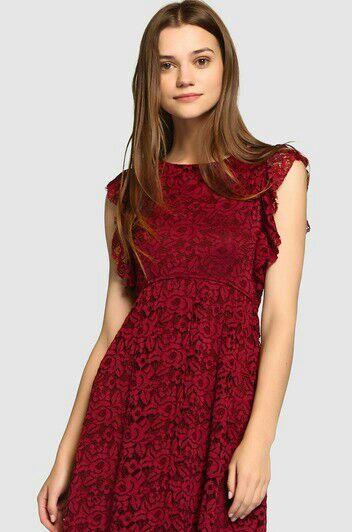 a57621eaa6 Un modelo muy conservador para una joven. VESTIDOS DE FIESTA PARA  ADOLESCENTES ...