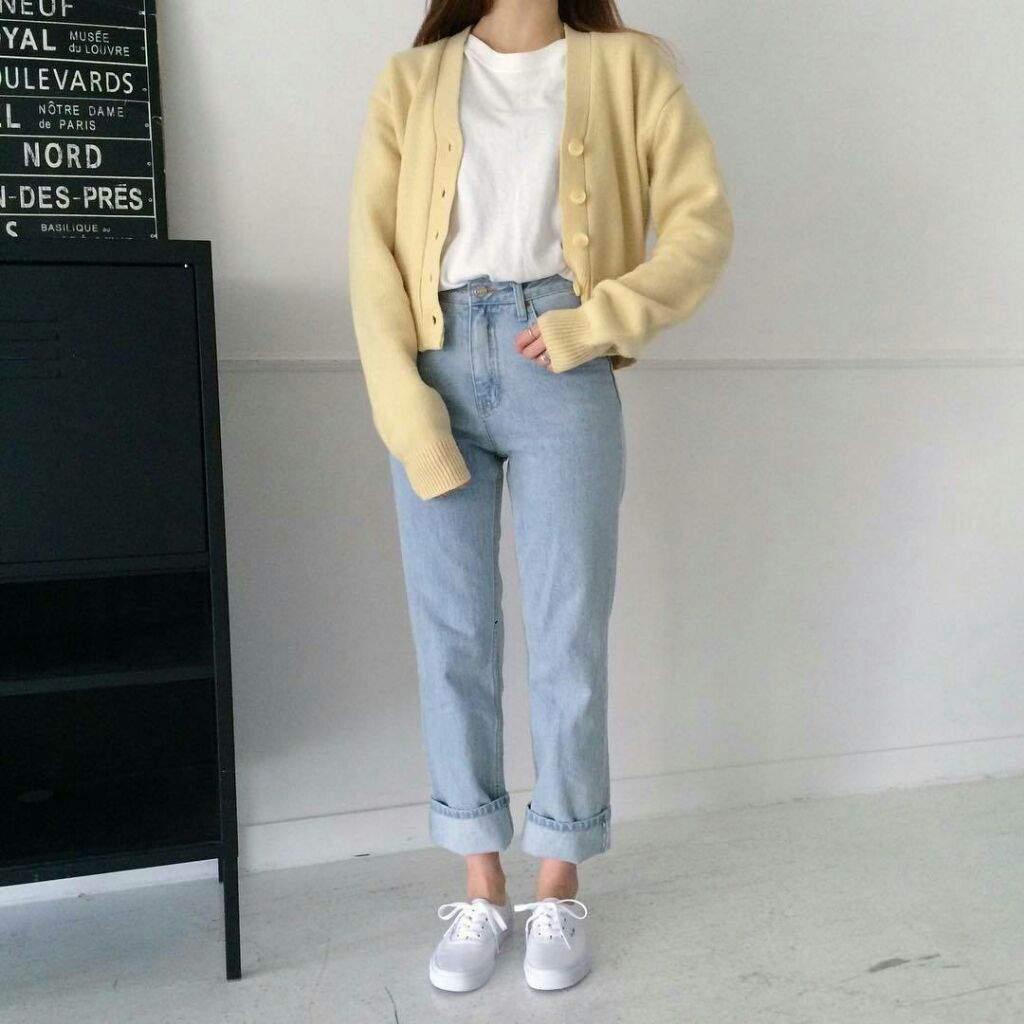 Moda vestir al estilo coreano k cultura amino amino for Pantalones asiaticos