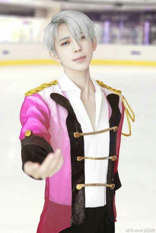 Yuri On Ice Victor Cosplay Anime Amino