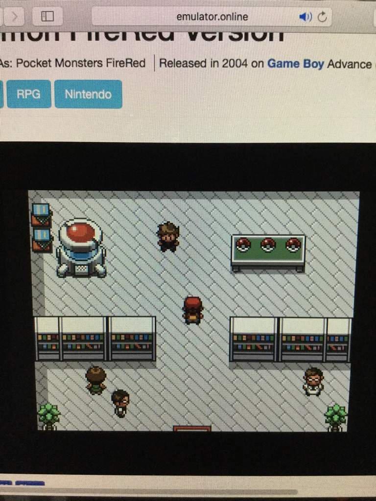 Playing pokemon on pc!!!! | Pokémon Amino