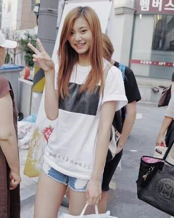 tzuyu  korean fashion amino
