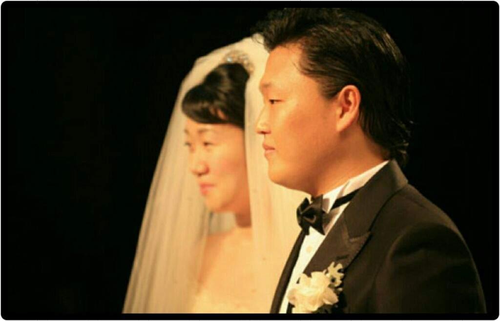 Yoo Hye-Yeon married husband PSY on 14 October 2006