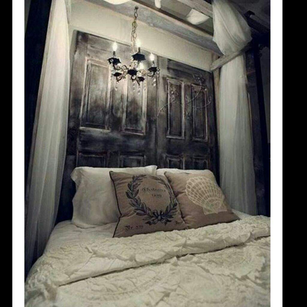 Fine Horror Bedroom Decor