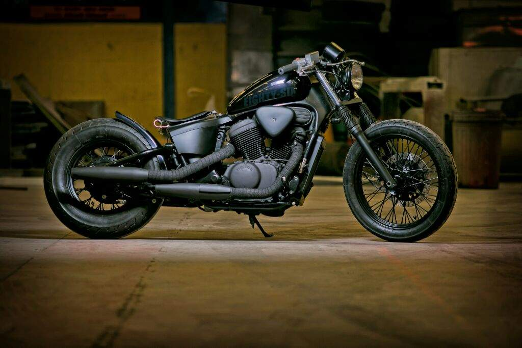 my honda shadow 600 bobber motorcycle amino amino. Black Bedroom Furniture Sets. Home Design Ideas