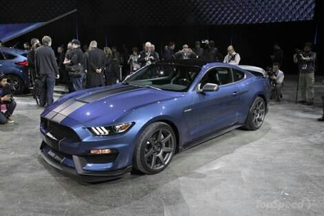 2018 Ford Mustang Boss 302 Mach 1 Garage Amino