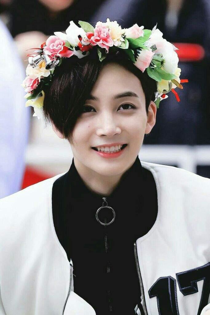 Resultado de imagen para imagenes de jeonghan de seventeen