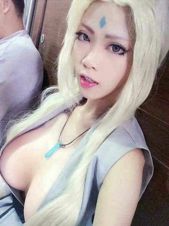 Tsunade cosplay hot