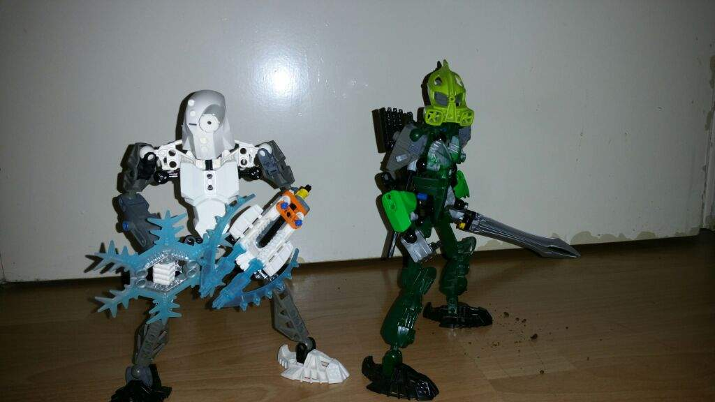 Frost and Vulture | BIONICLE Amino