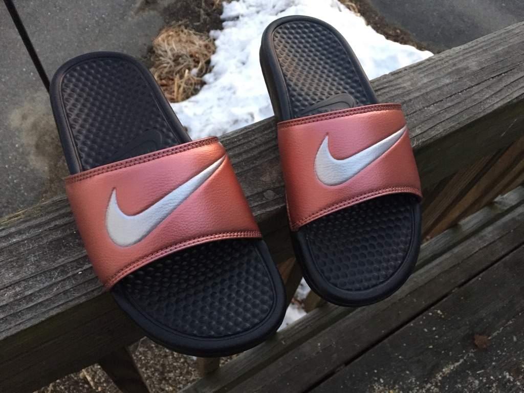 da9365b3692 Rose Gold Nike Slides