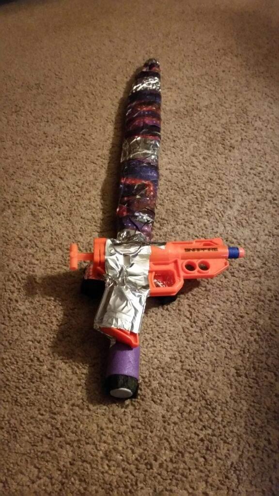 The Gunblade | Nerf Amino