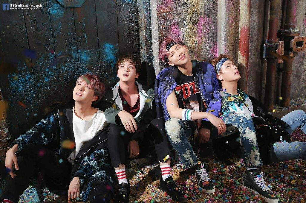 BTS ''YOU NEVER WALK ALONE