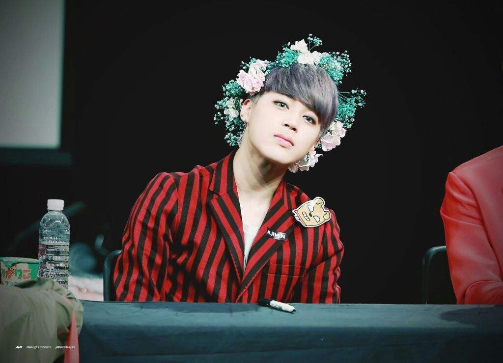 Bts The Royalty Park Jimin In Flower Crown P S My Mochi Army S Amino