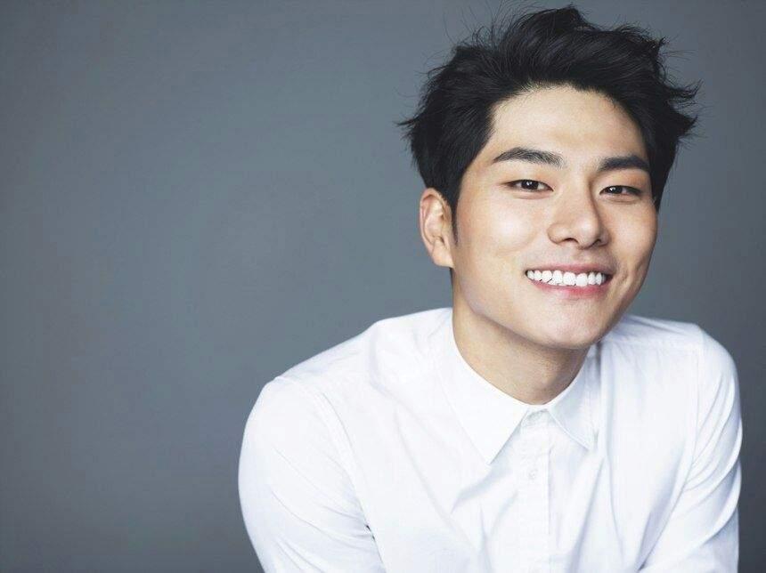 Shim hyung tak girlfriend