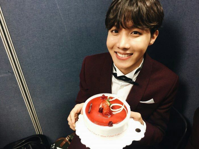 hoseok birthday Hoseok early birthday!!! | ARMY's Amino hoseok birthday