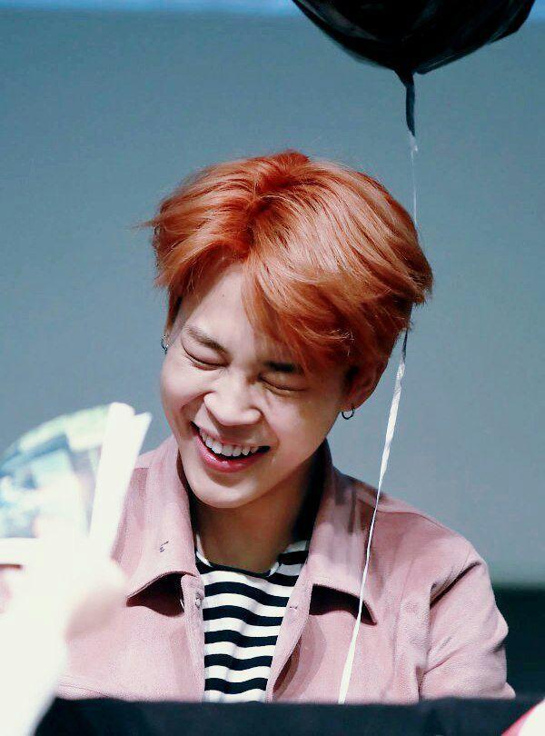 Jimin's smile~   Park Jimin Amino