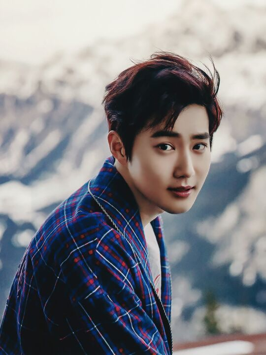 Suho For Allure March 2017 Issue Exo Ì—'소 Amino