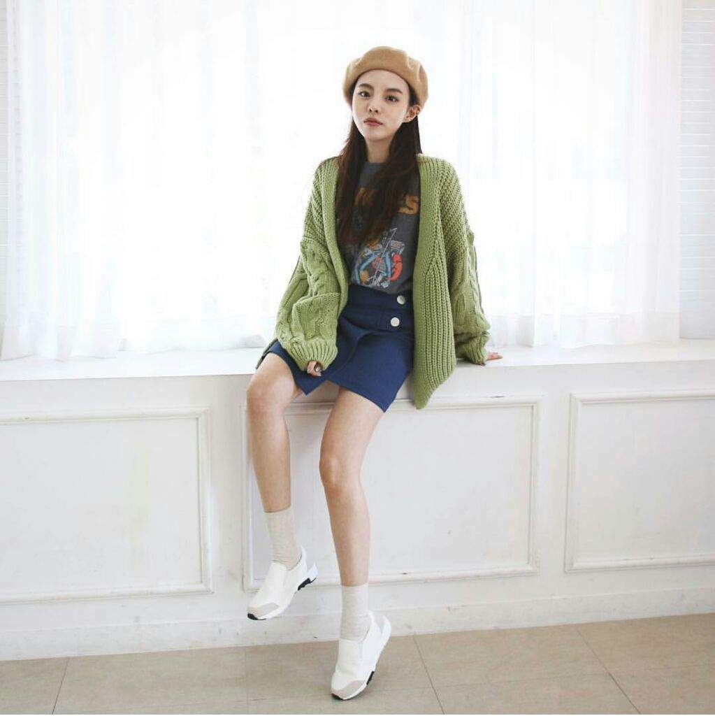 Jhope's sister Jung Jiwoo and Her Kfashion | Korean Fashion