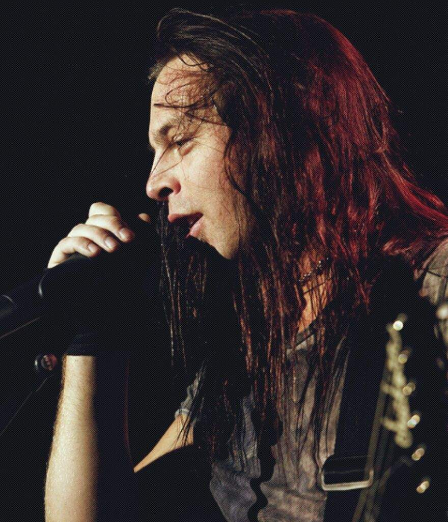 Top 5 Metalcore Clean Vocalists Metal Amino