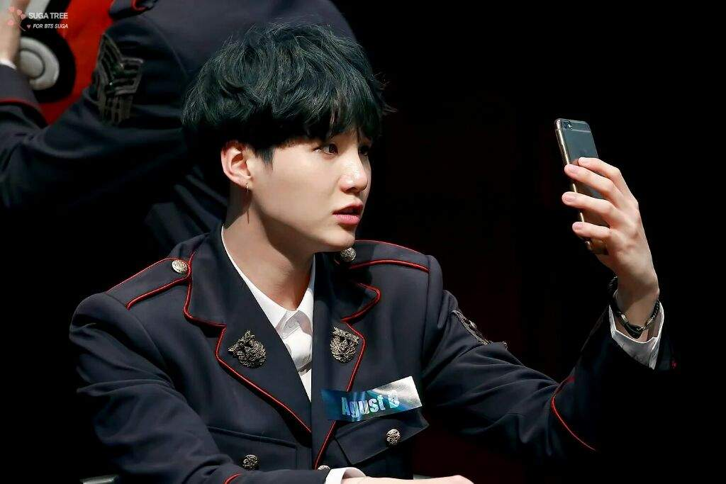 Suga With Dark Green Hair Army S Amino