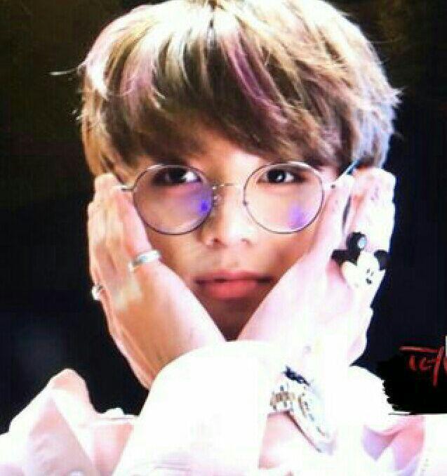 Bts Jungkook Glasses Wallpaper: BTS Spectacles/glasses Appreciation