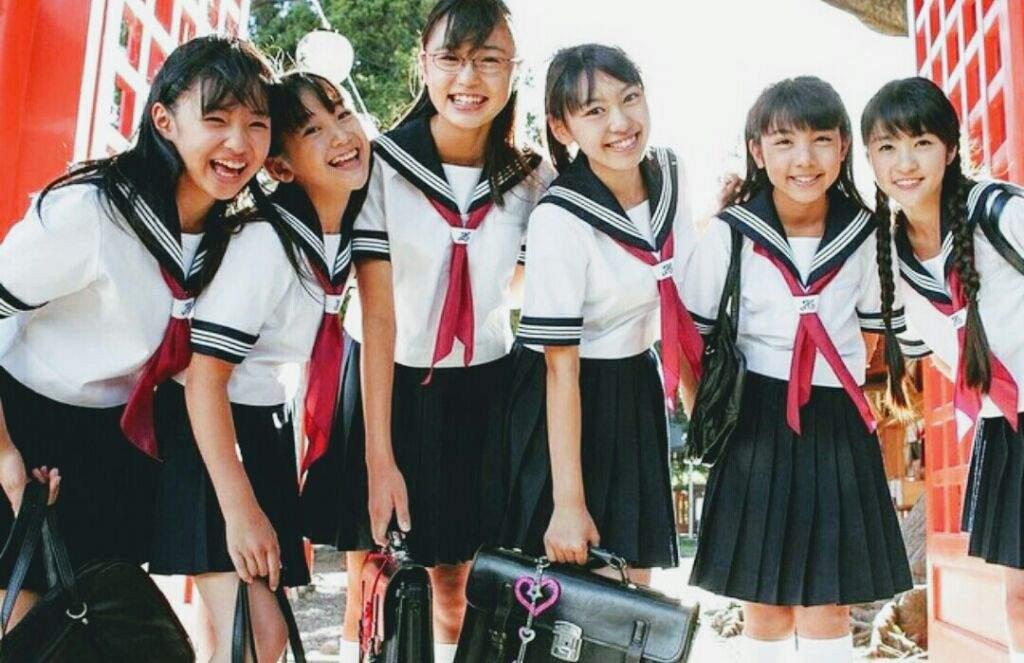 Картинки по запросу в японских школах нет уборщиц