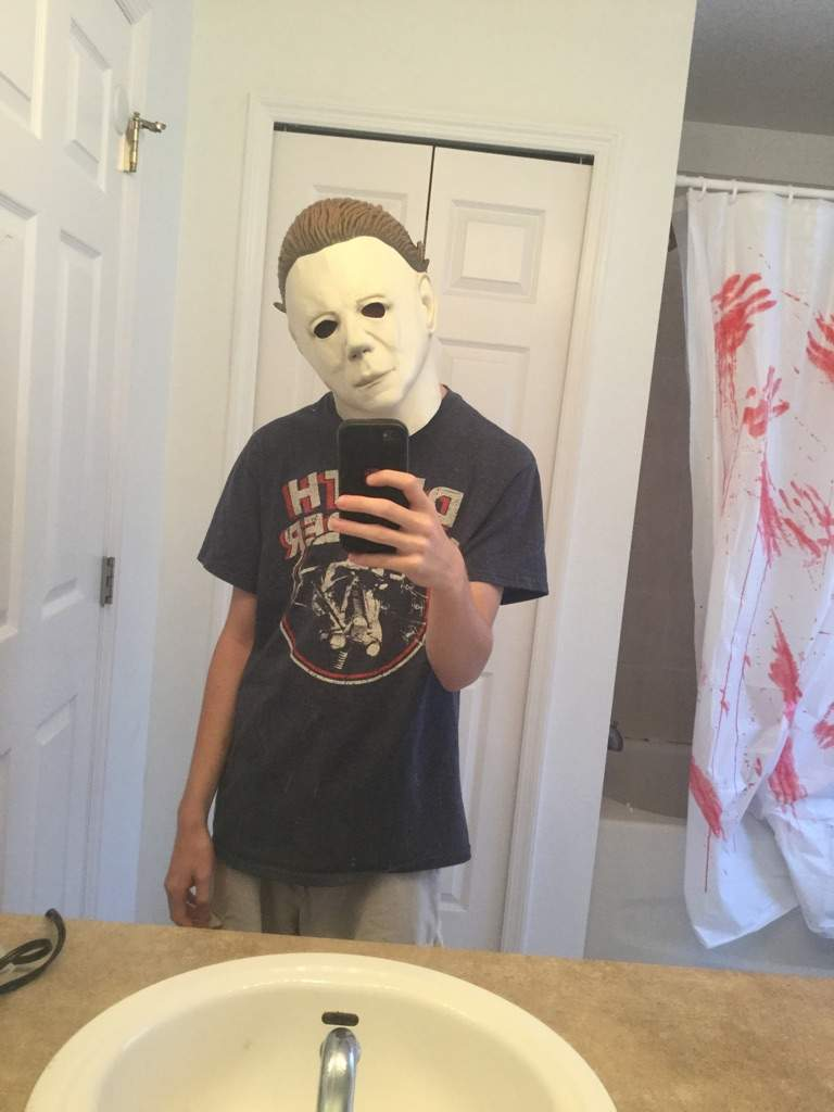 My Michael Myers Mask For Spooky Empire And Im Super Happy With The Quality Only 30 Still On Search Jumpsuit But I Have Enough Time