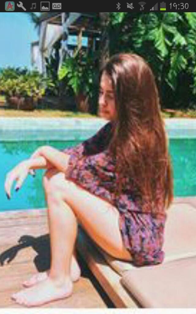 Look 39 s de jade picon girl groups kpop amino for Fotos tumblr piscina