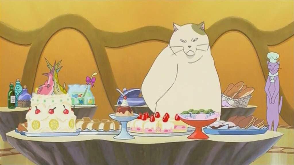 Muta Cat Eating Fish