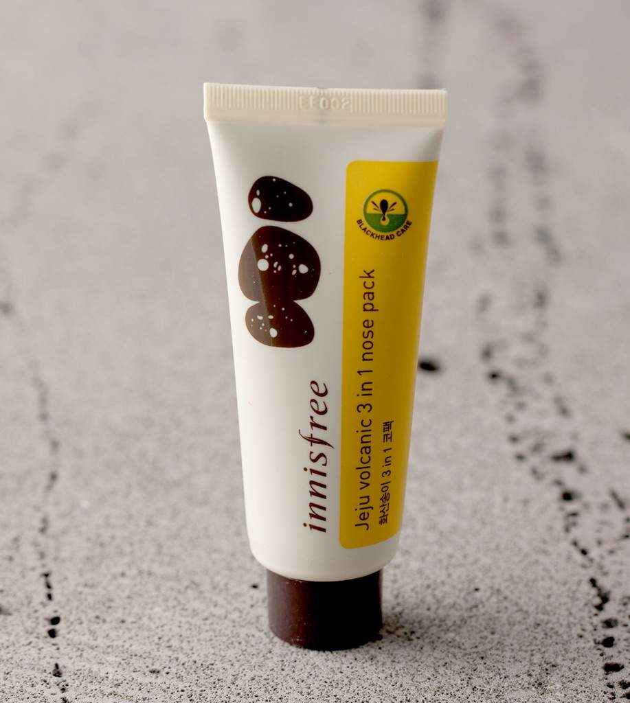 Review innisfree jeju volcanic 3 in 1 nose pack korean the blackhead 3 in 1 mask that completely removes black sebum rooted deeply in the skin and hard to remove sciox Choice Image