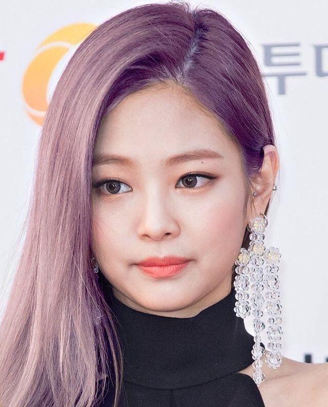 Jennie hair color | Kim Jennie Amino