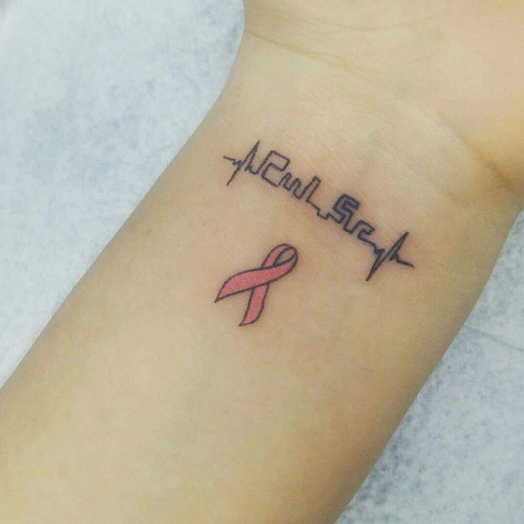 Tatuaje Lazo Cancer tatuajes contra el cancer