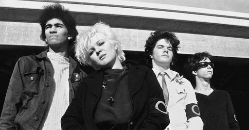 The Germs give out the telephone number of a drug dealer on KROQ