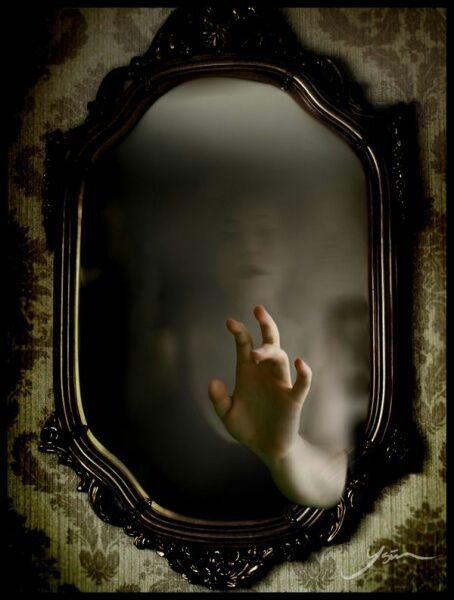 Hati-Hati ! Tanpa disadari, 9 Kebiasaan Ini Dapat Mengundang Setan Lho!