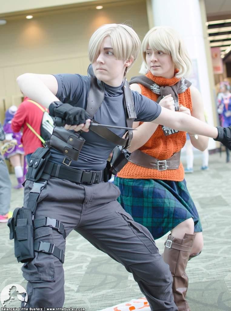 Leon Kennedy Resident Evil 4 Cosplay Amino