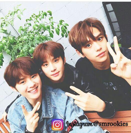 Smrookies kun,jungwoo and lucas twitter and Instagram update