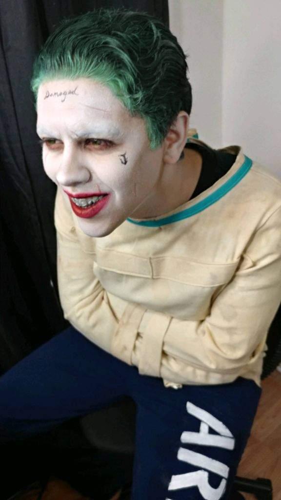 Straight Jacket Joker Costest | Cosplay Amino