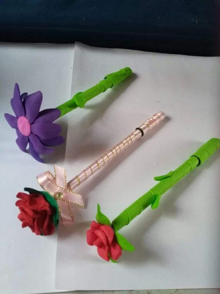 Procedimiento Boligrafos Decorados Con Flores Manualidades
