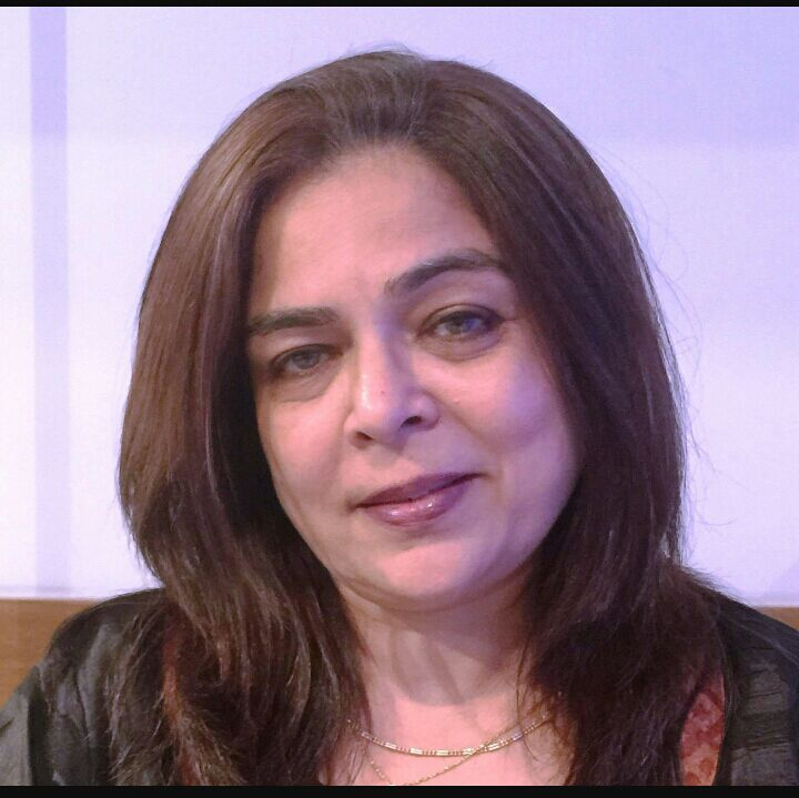 Bollywoods Famous On Screen Mom Reema Lagoo Dies Of Heart Attack