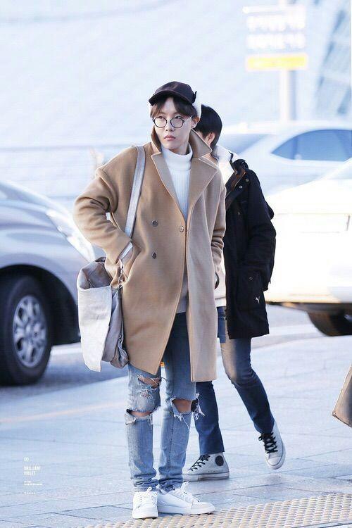 airport fashion j-hope APPRECIATING REAL BEAUTY🔥-JUNG HOSEOK♡ | ARMY's Amino
