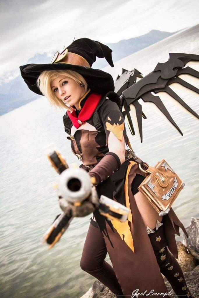 Mercy Witch Skin Cosplay Wiki Overwatch Amino