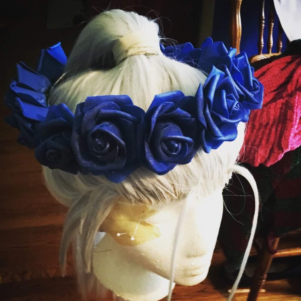 Viktors blue rose flower crown cosplay amino izmirmasajfo