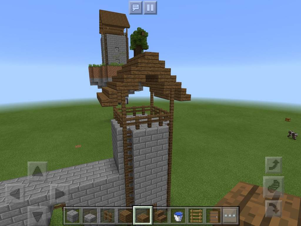 how to build a mini castle in minecraft