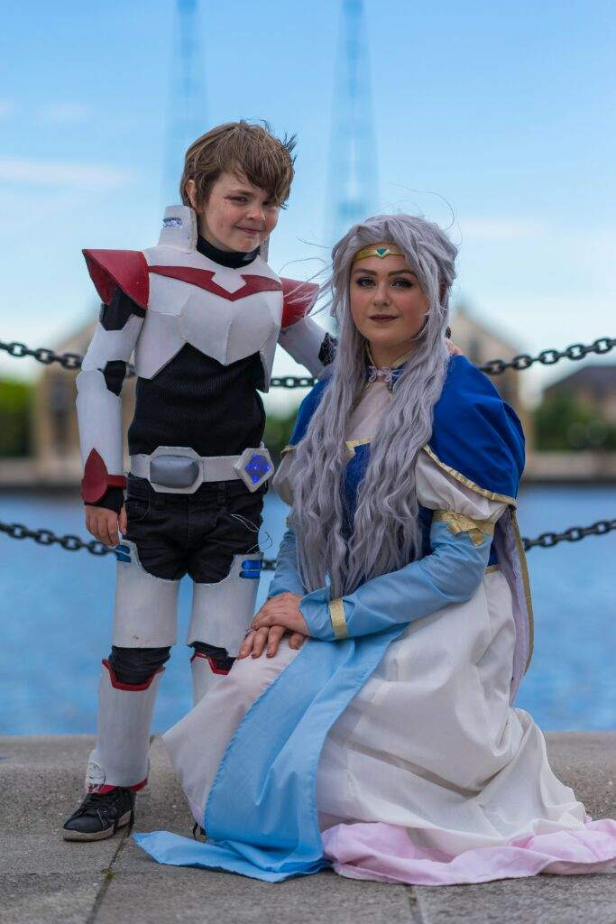 Space Mom And Mini Keith Voltron Cosplay Cosplay Amino