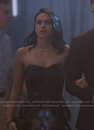 Outfits From The Pilot Episode Riverdale Amino