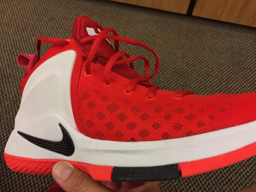 nike zoom air witness performance review