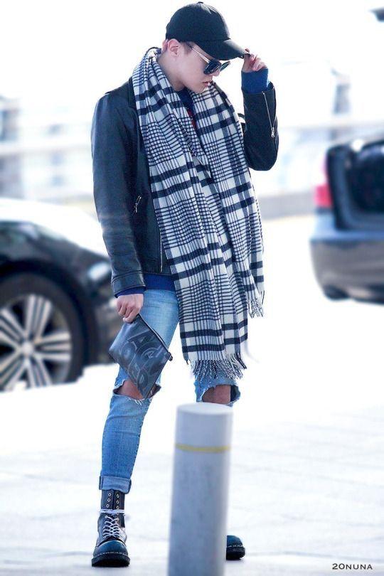 Bias Challenge [Day 12] Bias Airport Fashion | K-Pop Amino