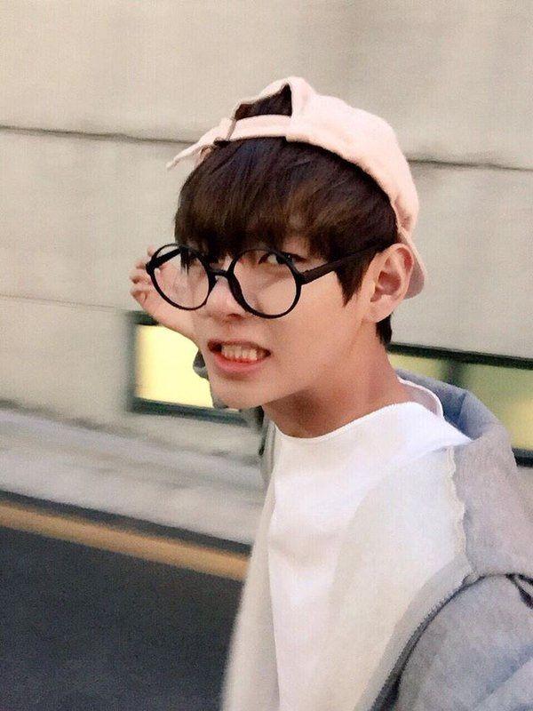 Does Jungkook Wear Glasses