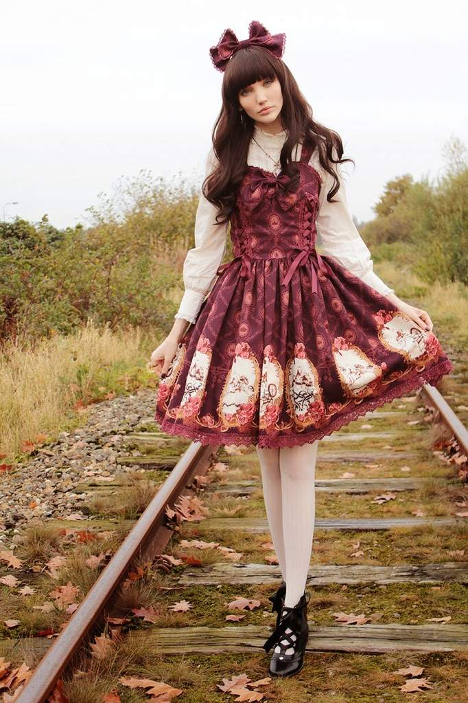 Classic Lolita   Japanese Fashion Wikia   Fandom