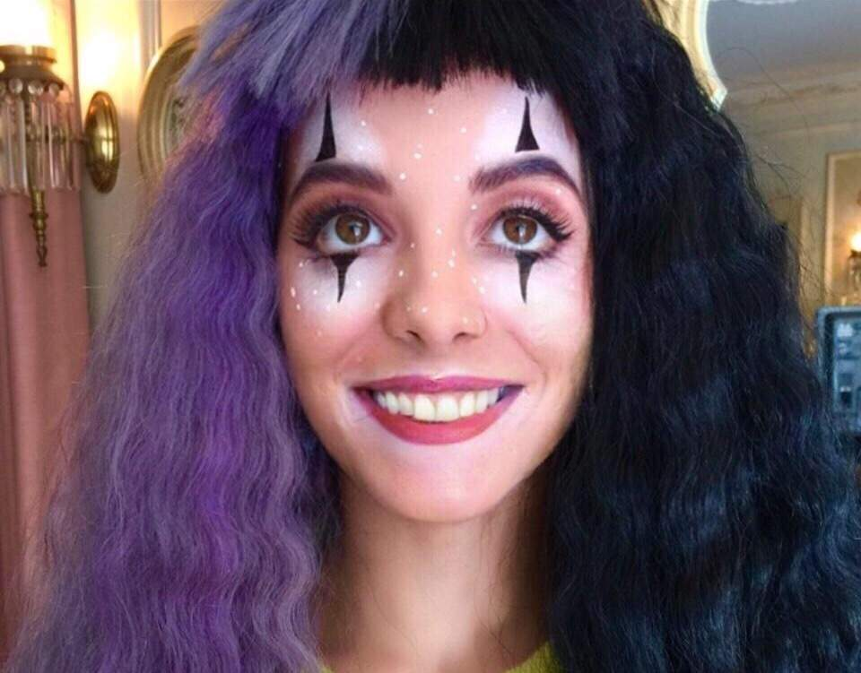 Melanie Martinez Without Her Tooth Gap